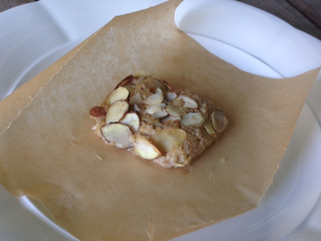 Apple Quinoa Snack Bar